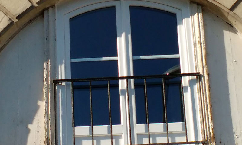 Pose De De Fenêtre Aluminium Bois Et Pvc à Nantes